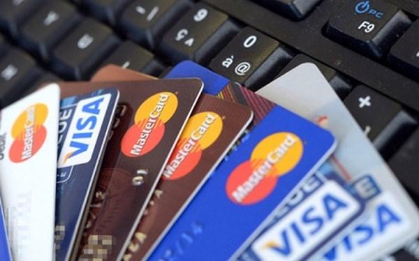Cách dùng thẻ tín dụng không lãi suất