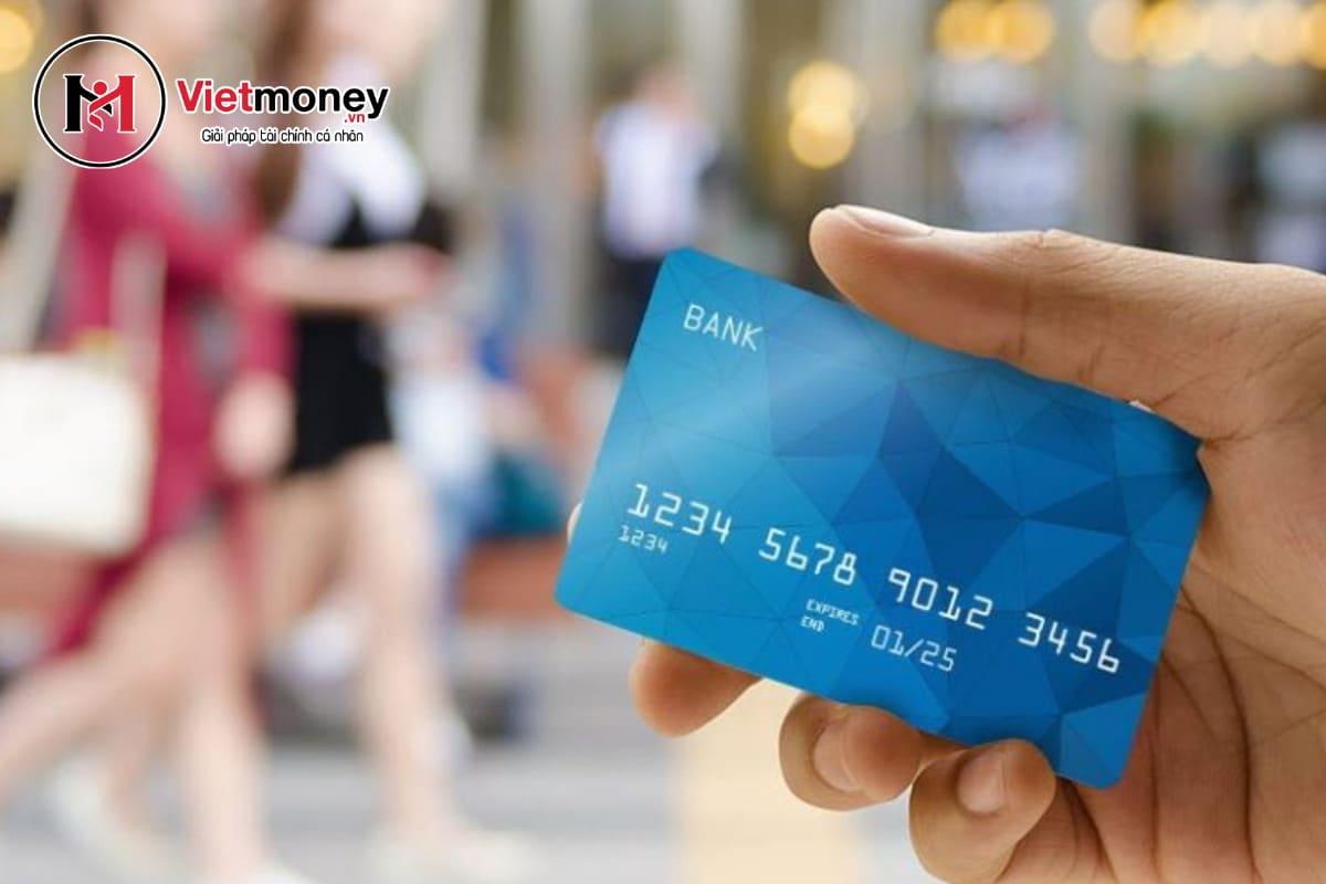 ưu điểm vay tiền bằng thẻ tín dụng