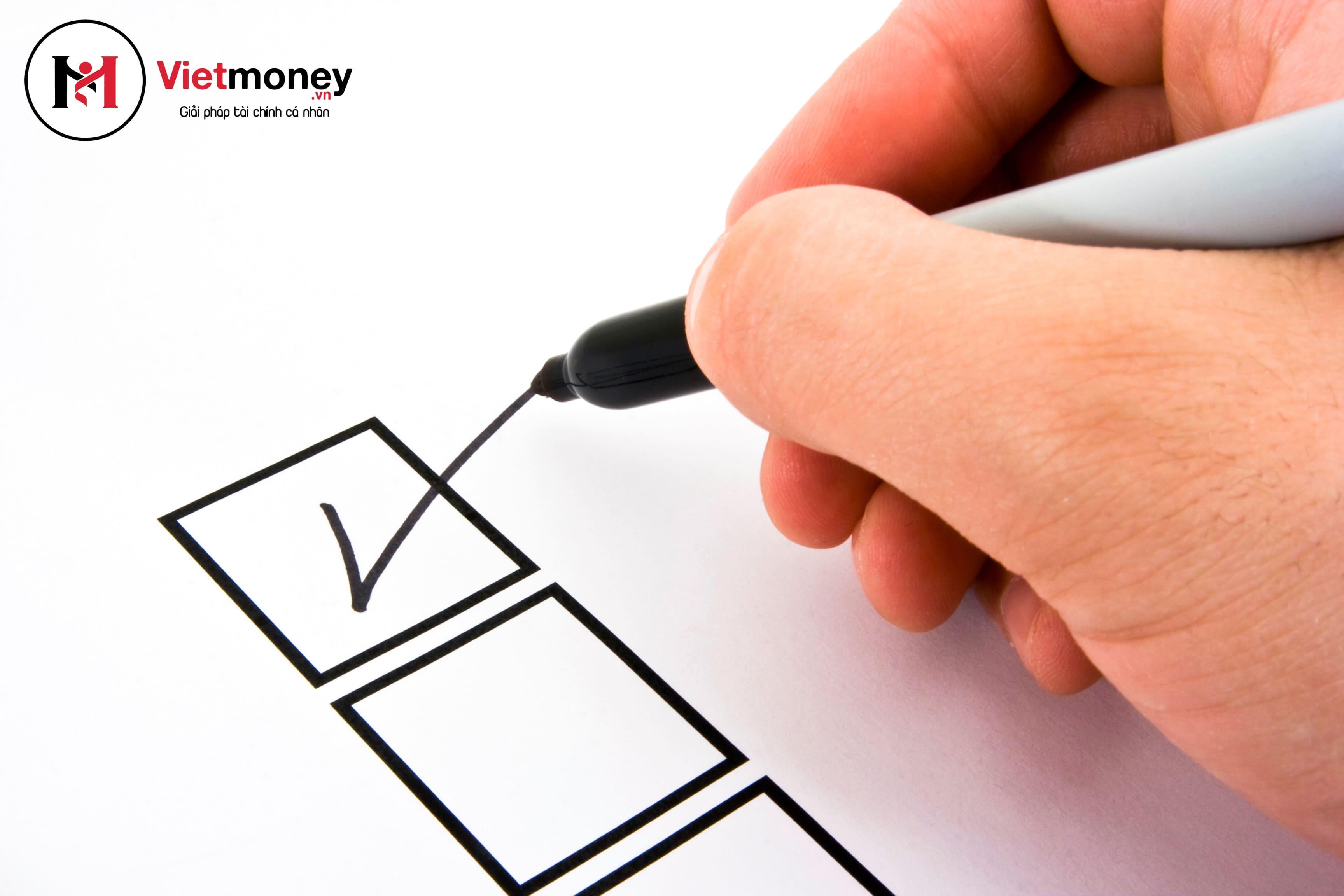 cách vượt qua khó khăn tài chính