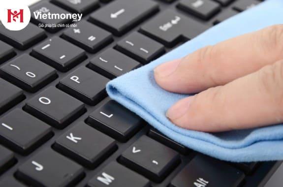 tình trạng laptop cầm đồ